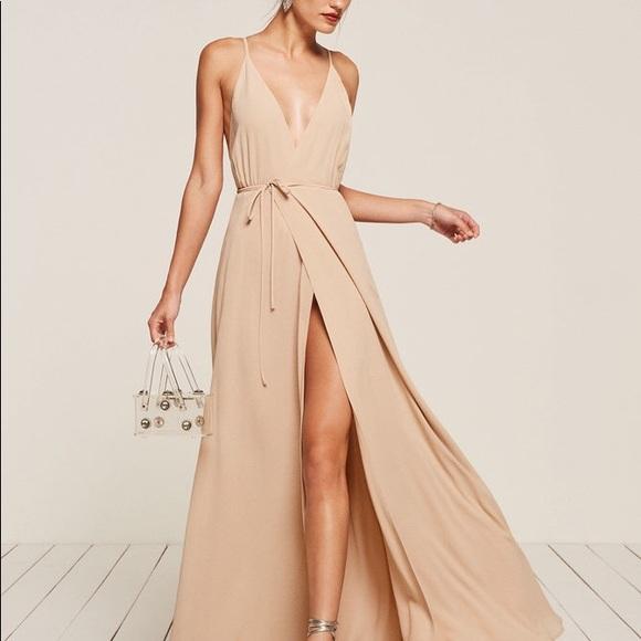 83ada5de25e40c Reformation Callalily Dress in Champagne Color. M_5ab987cddaa8f615bd741172